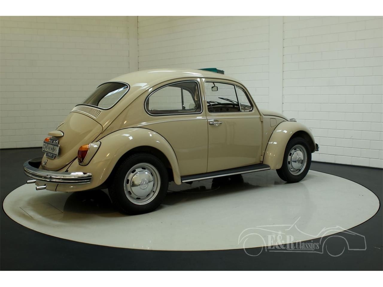 Large Picture of '70 Beetle - Q5D0