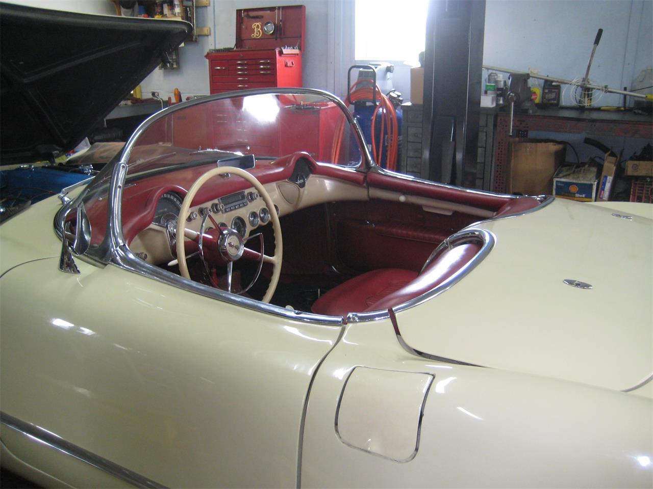 Large Picture of '54 Corvette - Q8GI