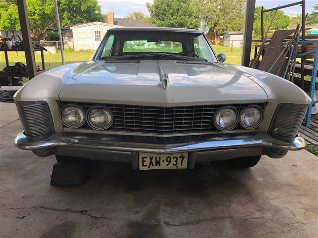 Large Picture of '63 Riviera - Q8HS