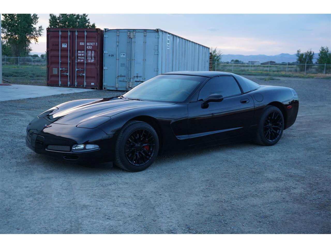 Large Picture of 2002 Corvette - Q8JM