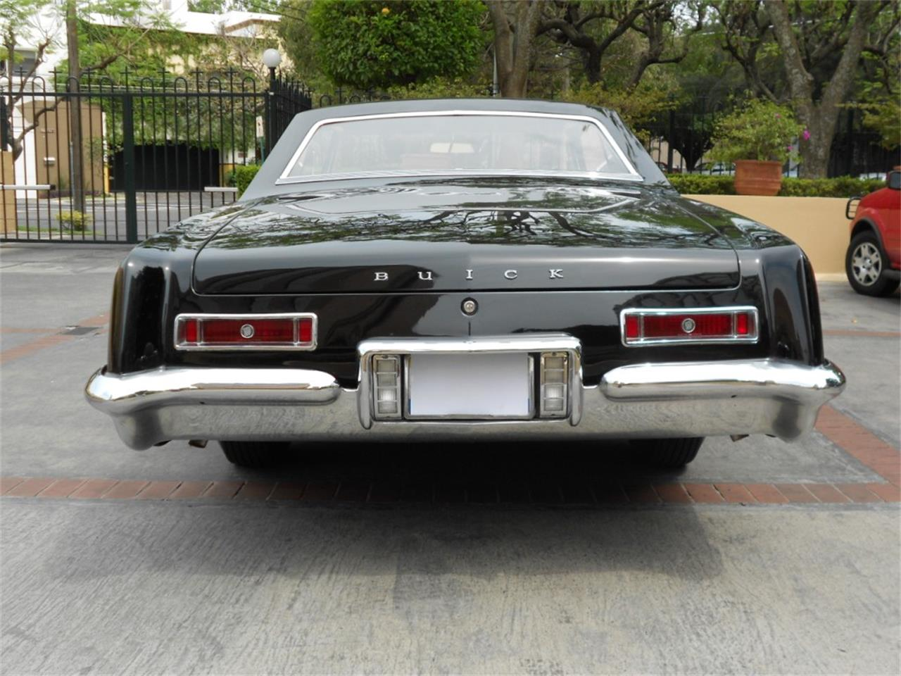Large Picture of Classic 1963 Riviera located in Austin Texas - $25,000.00 Offered by a Private Seller - Q8L8