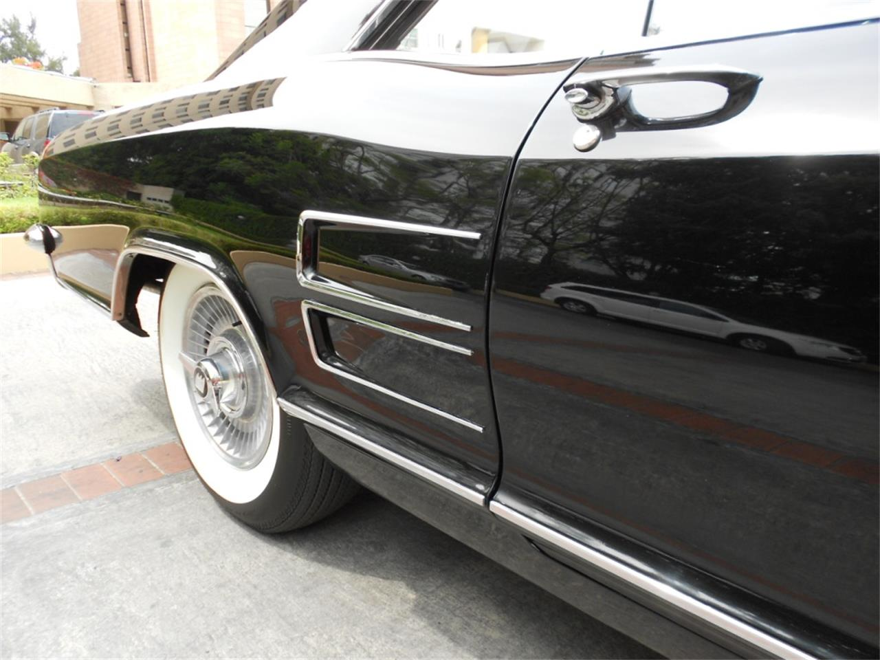 Large Picture of '63 Buick Riviera located in Texas - $25,000.00 - Q8L8