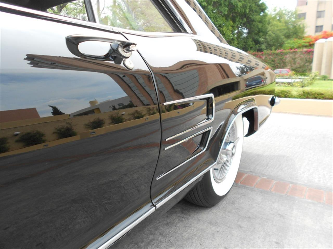 Large Picture of '63 Buick Riviera located in Austin Texas - $25,000.00 - Q8L8