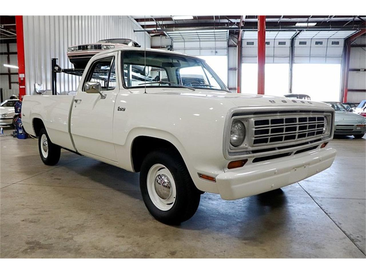 Large Picture of '74 D100 located in Kentwood Michigan - Q8LY