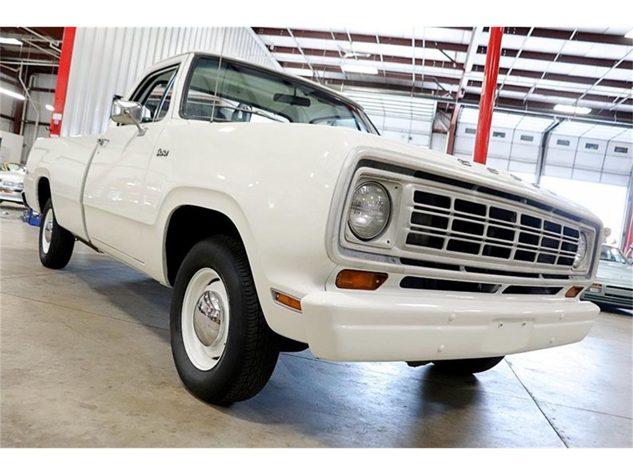 Large Picture of '74 Dodge D100 - $13,900.00 Offered by GR Auto Gallery - Q8LY