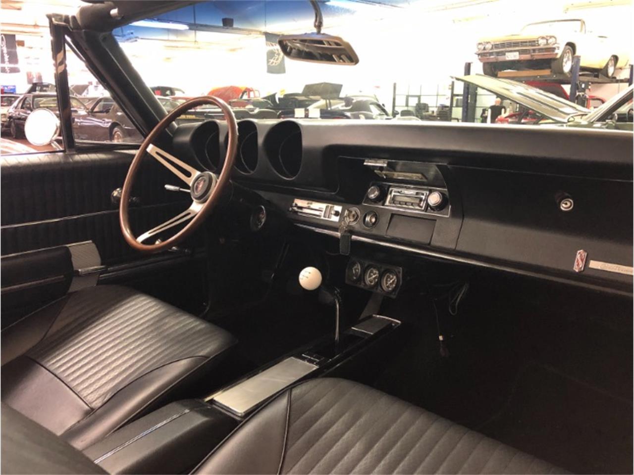 Large Picture of '68 Cutlass - Q8MV