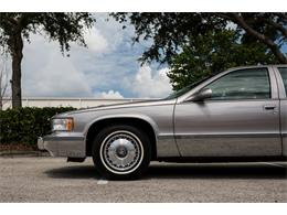 Picture of 1996 Cadillac Fleetwood located in Florida - Q8PS