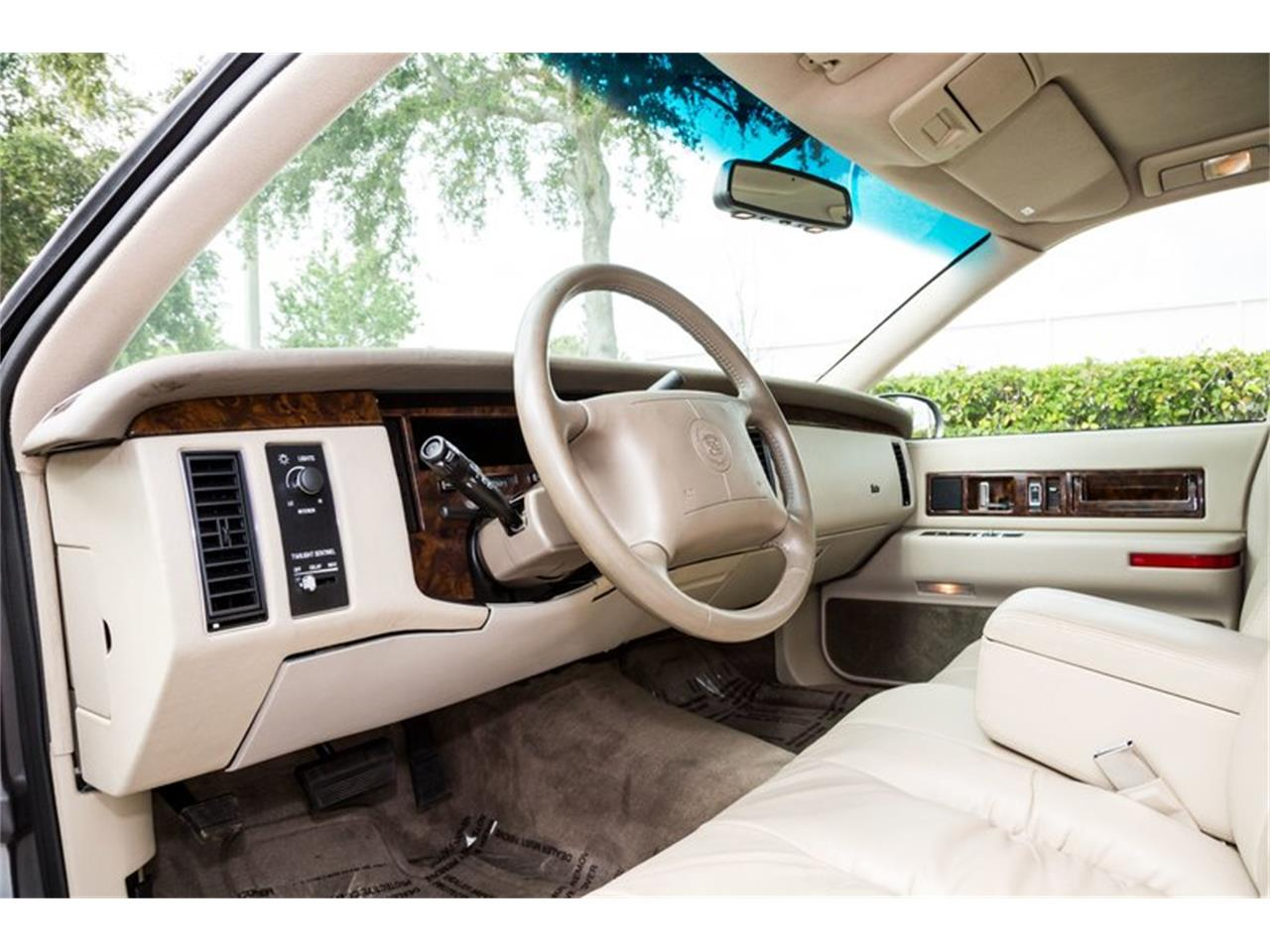 Large Picture of '96 Cadillac Fleetwood - $32,900.00 Offered by Orlando Classic Cars - Q8PS