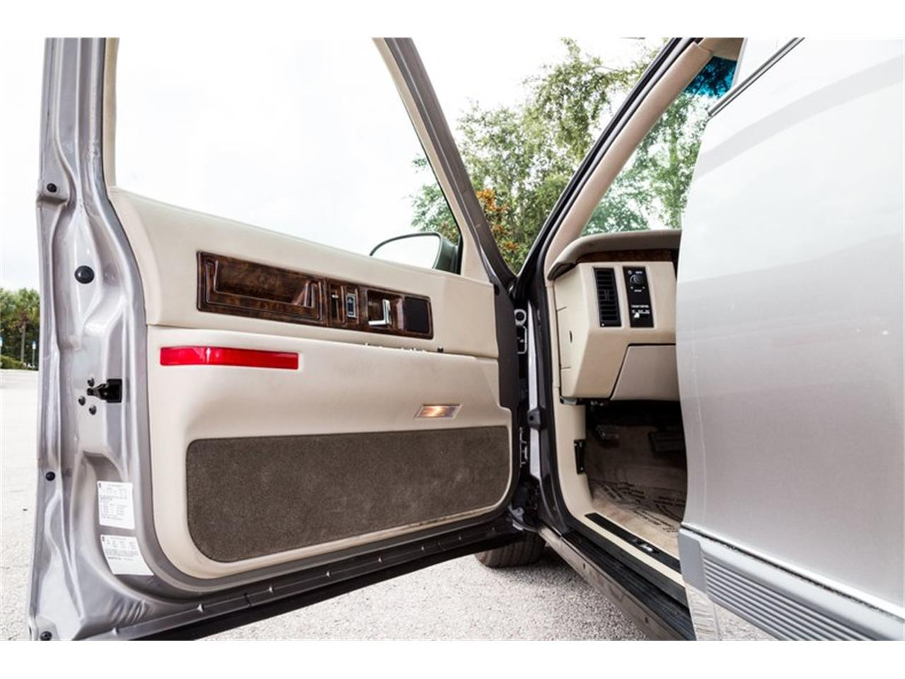 Large Picture of '96 Fleetwood located in Orlando Florida Offered by Orlando Classic Cars - Q8PS