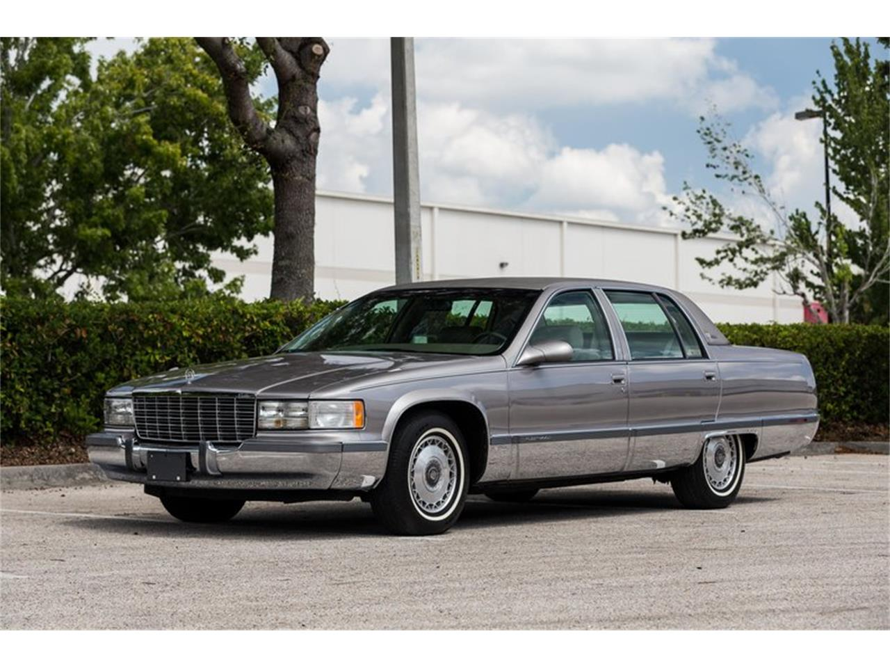 Large Picture of '96 Cadillac Fleetwood located in Florida - $32,900.00 - Q8PS