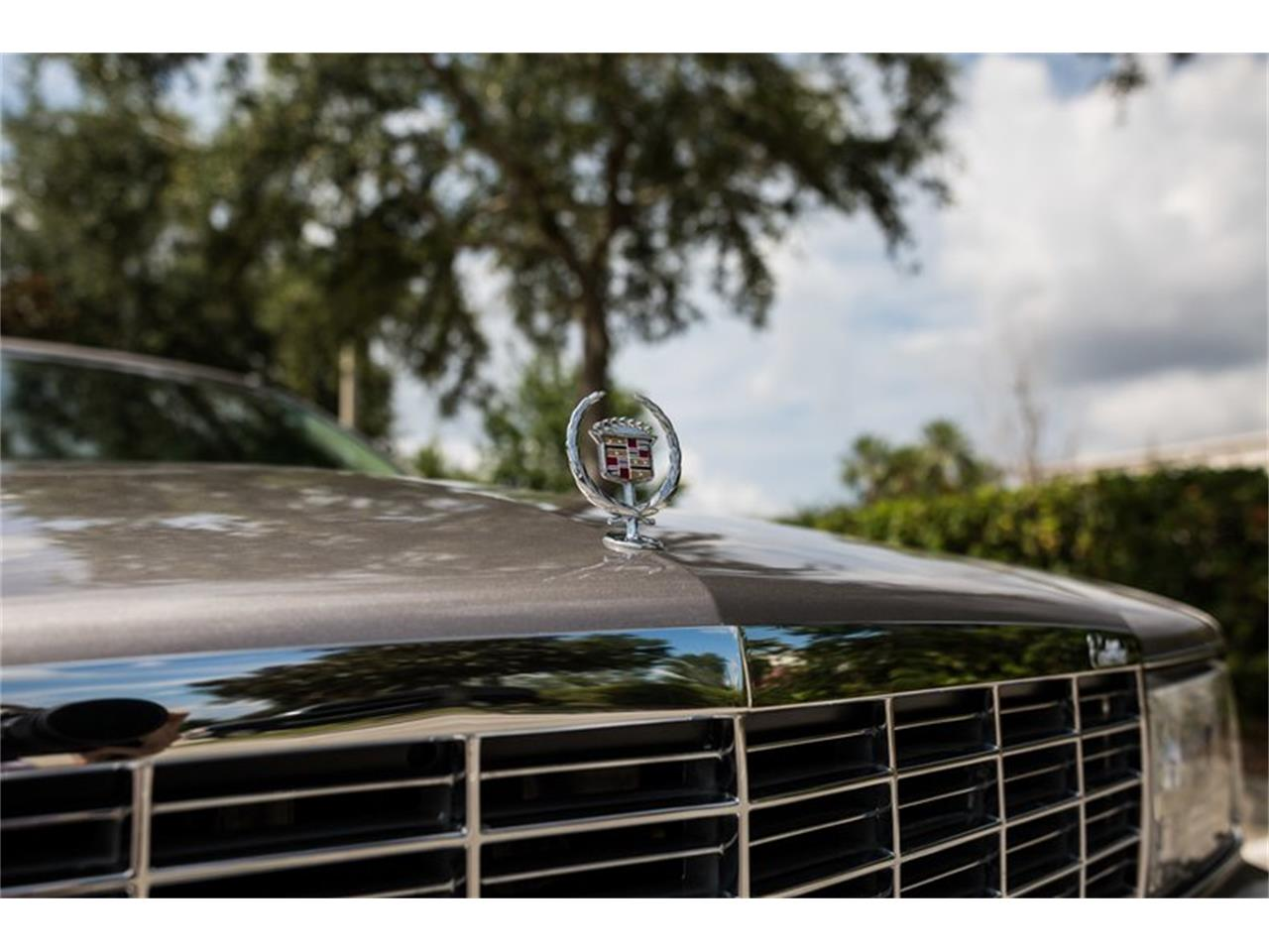 Large Picture of '96 Cadillac Fleetwood located in Orlando Florida Offered by Orlando Classic Cars - Q8PS