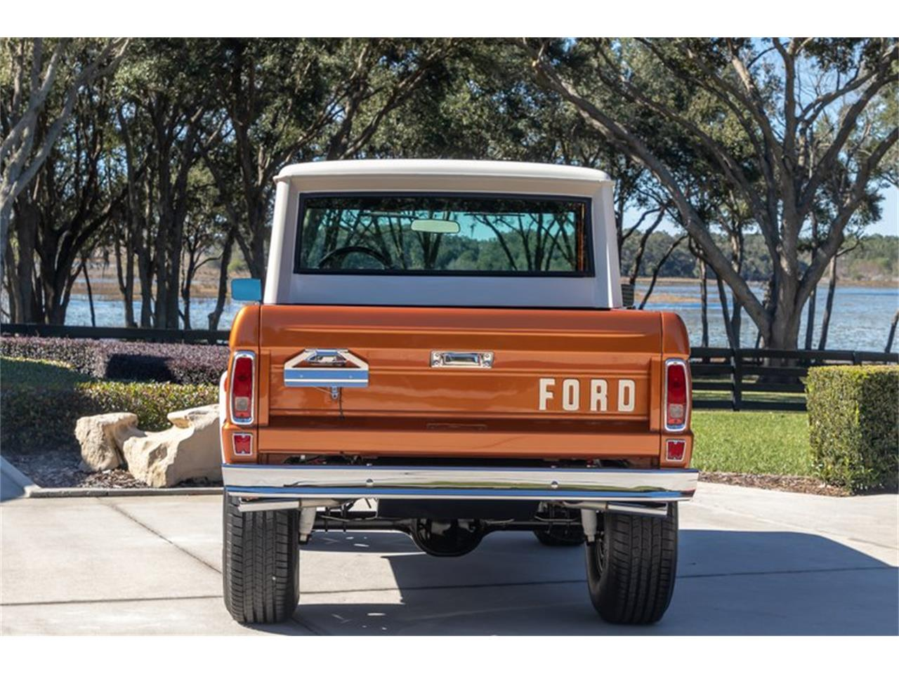 Large Picture of '76 Bronco Auction Vehicle - Q8U3