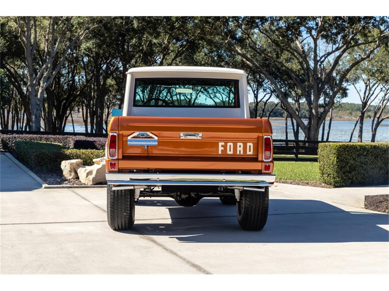 Large Picture of 1976 Ford Bronco located in North Carolina Auction Vehicle - Q8U3