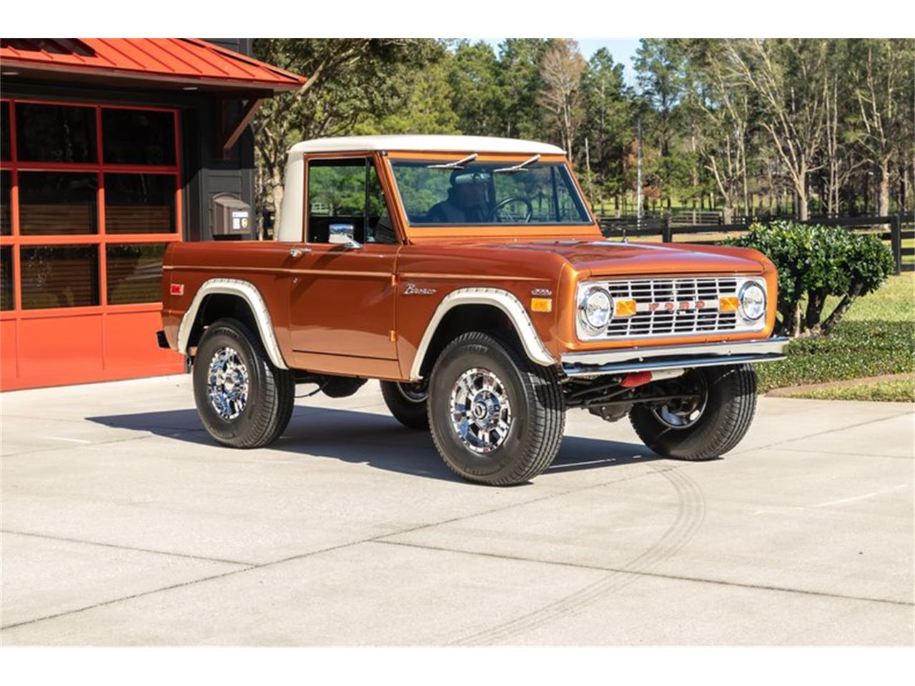 Large Picture of 1976 Bronco - Q8U3