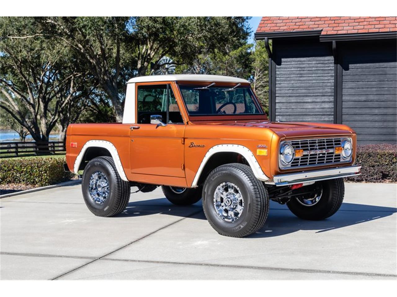 Large Picture of 1976 Ford Bronco Auction Vehicle Offered by GAA Classic Cars Auctions - Q8U3