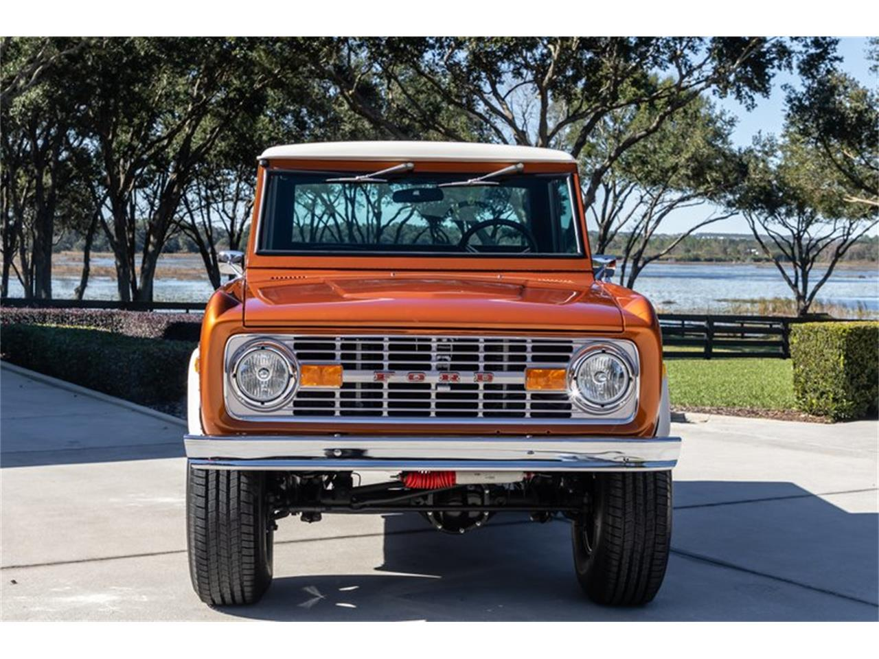 Large Picture of '76 Ford Bronco located in Greensboro North Carolina Offered by GAA Classic Cars Auctions - Q8U3