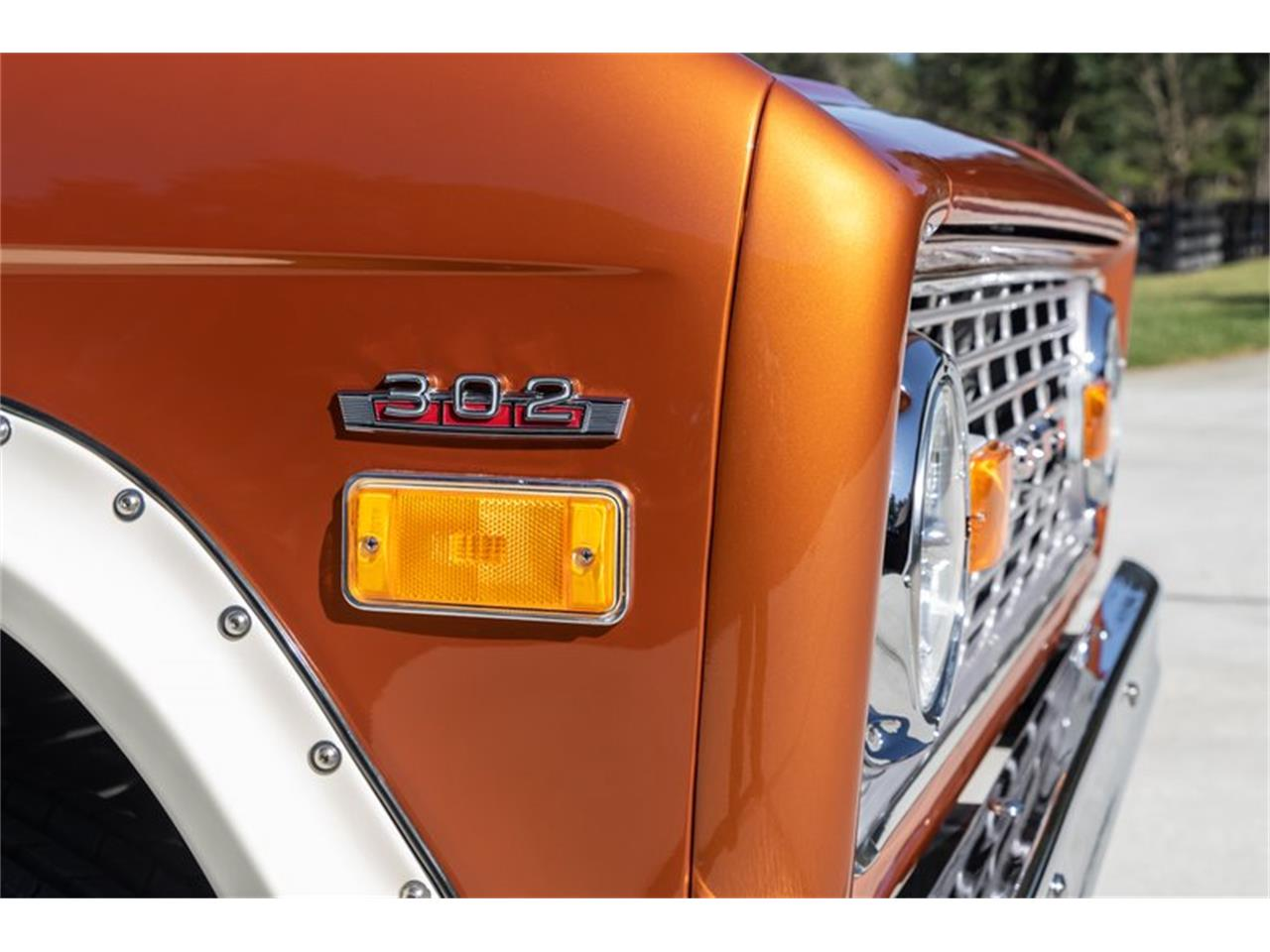 Large Picture of '76 Bronco Auction Vehicle Offered by GAA Classic Cars Auctions - Q8U3