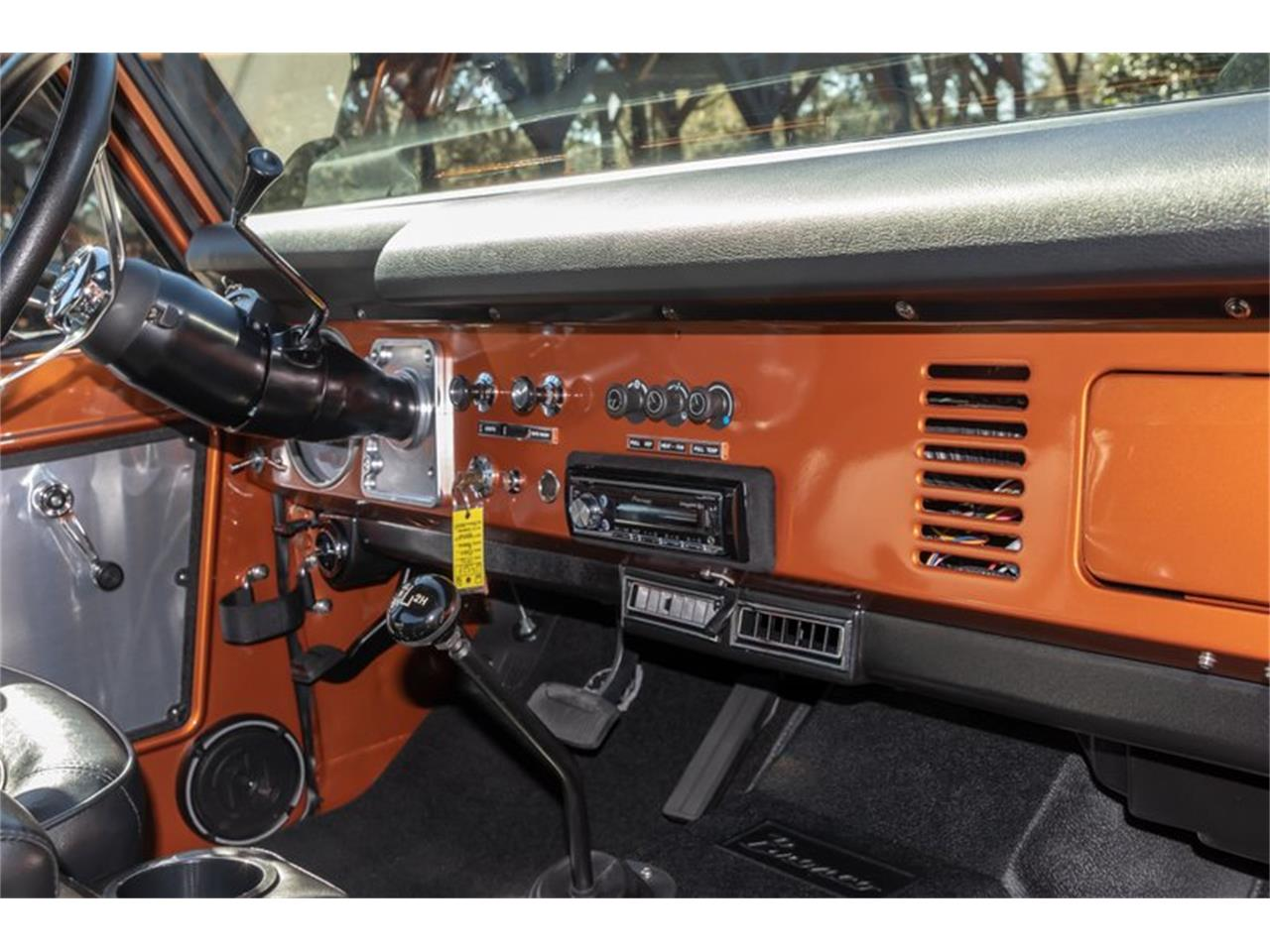 Large Picture of '76 Bronco located in Greensboro North Carolina Offered by GAA Classic Cars Auctions - Q8U3