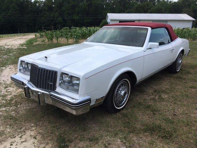 Picture of 1983 Riviera located in Greensboro North Carolina Auction Vehicle - Q8UT