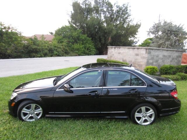 Picture of 2010 Mercedes-Benz C300 - $10,900.00 Offered by  - Q5PN