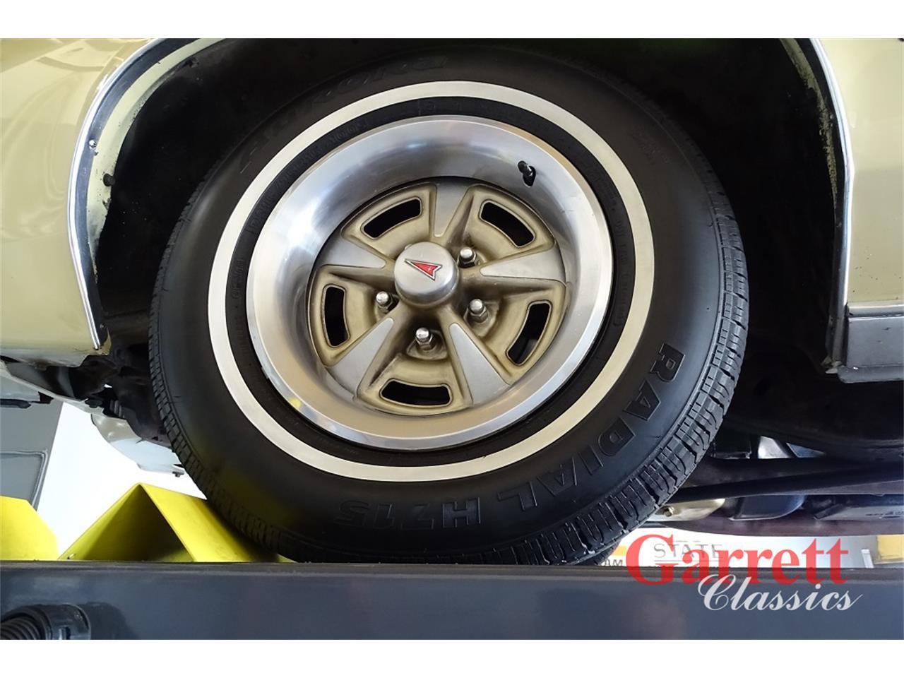 Large Picture of '73 Grand Prix - Q90M