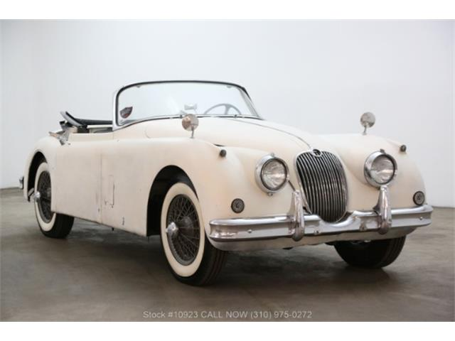 Picture of Classic '58 XK150 located in Beverly Hills California - Q929