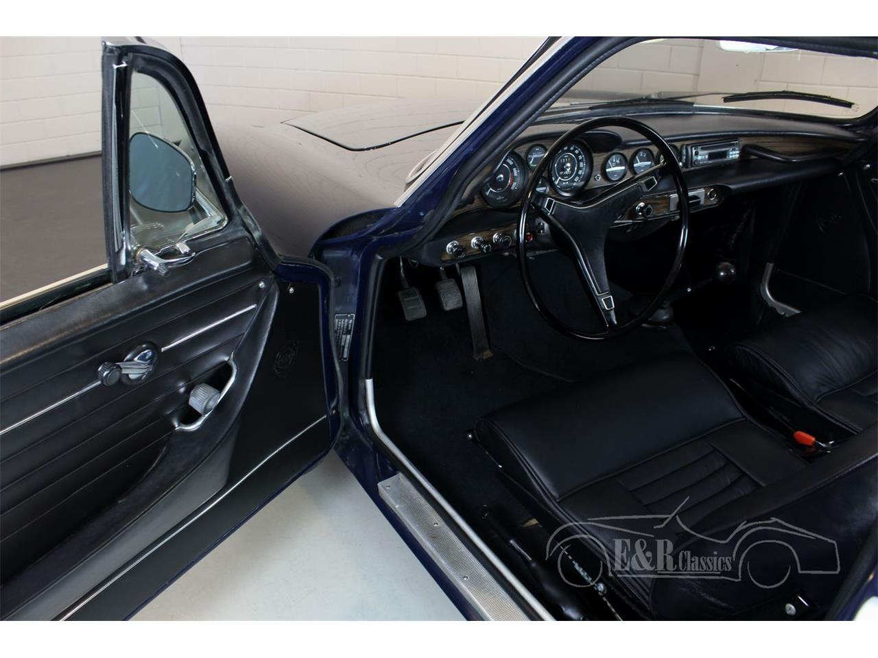 Large Picture of Classic '71 P1800E - $39,400.00 Offered by E & R Classics - Q95J