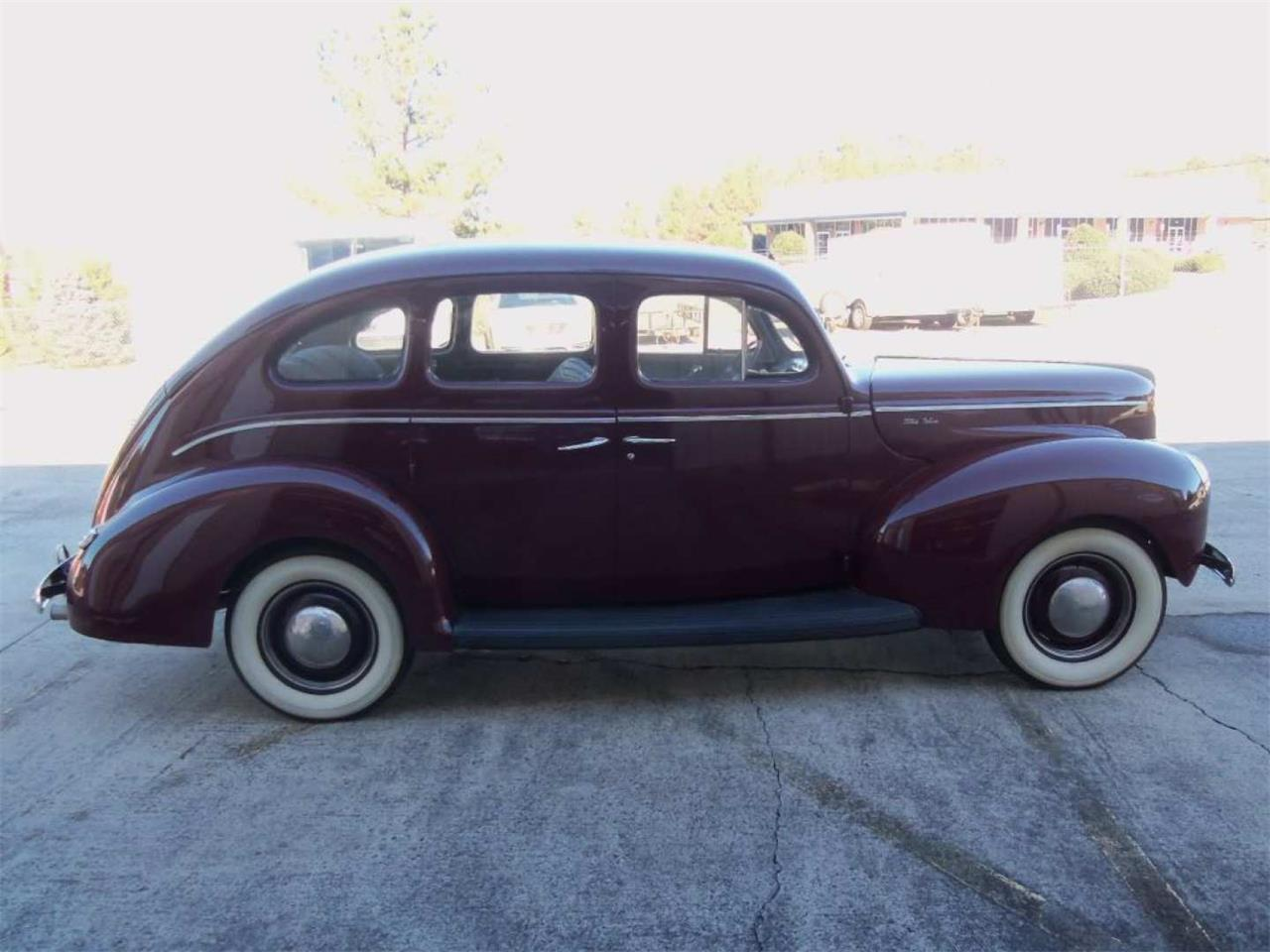 Large Picture of '40 Ford Deluxe - Q96I