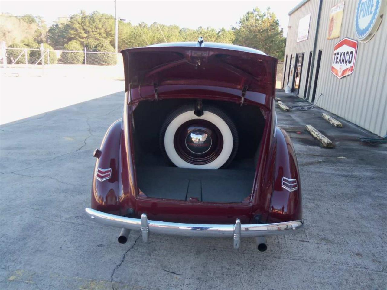 Large Picture of 1940 Deluxe located in Harvey Louisiana Auction Vehicle Offered by Vicari Auction - Q96I