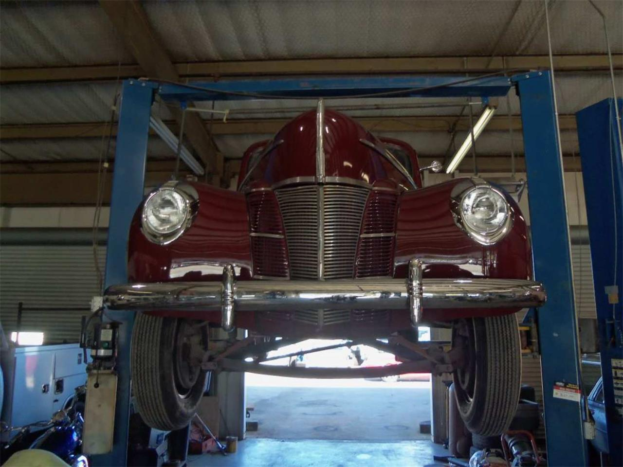 Large Picture of 1940 Ford Deluxe Offered by Vicari Auction - Q96I