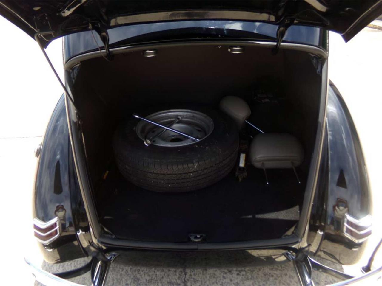 Large Picture of 1940 Ford Standard - Q96J