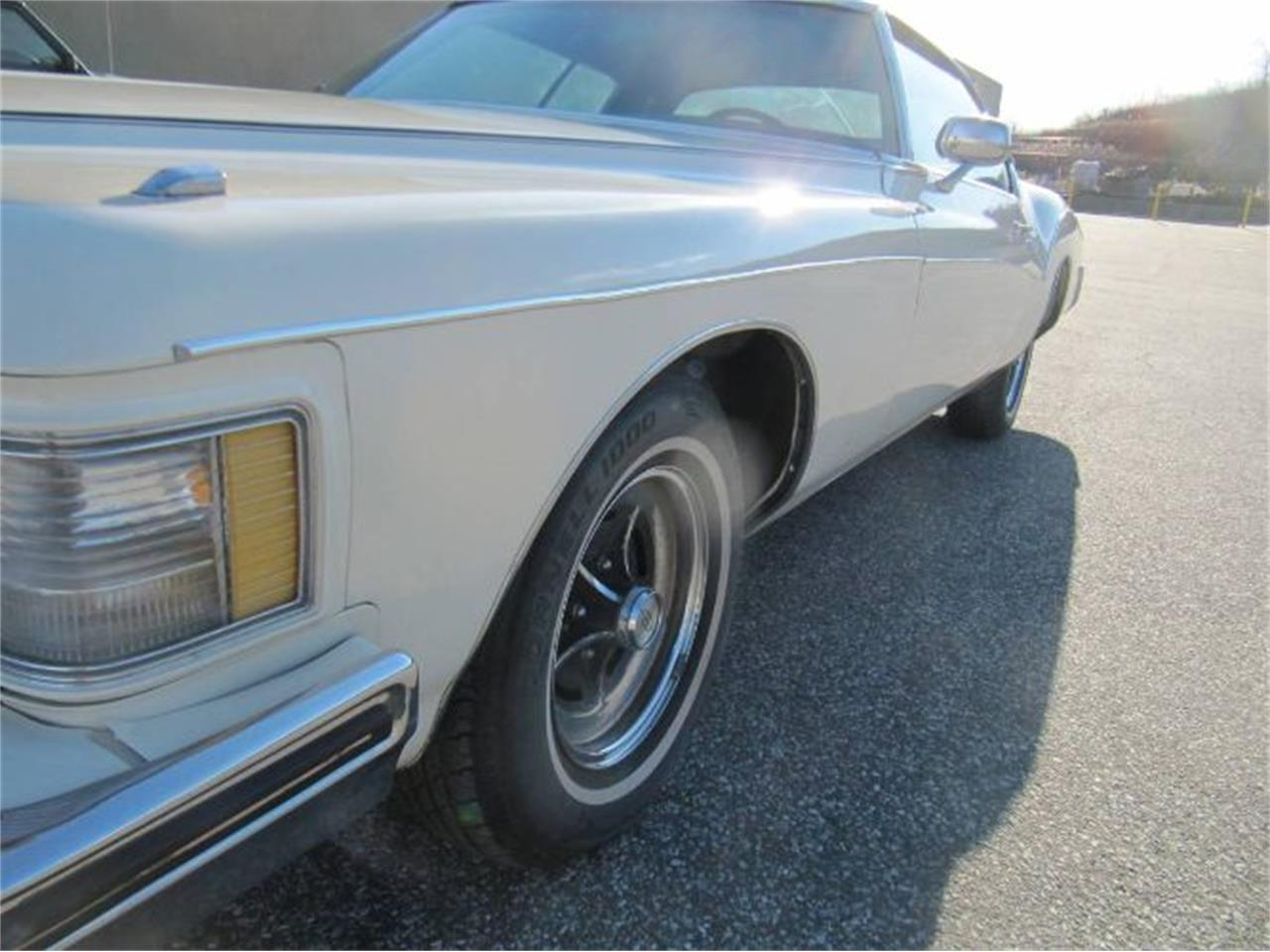 Large Picture of Classic 1973 Buick Riviera located in Cadillac Michigan - $14,995.00 Offered by Classic Car Deals - Q97S