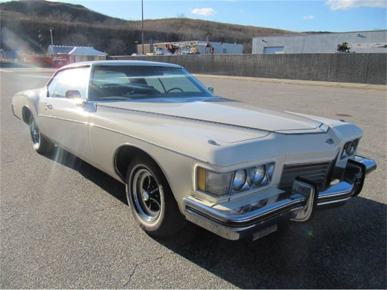 Large Picture of '73 Buick Riviera located in Michigan - $14,995.00 - Q97S