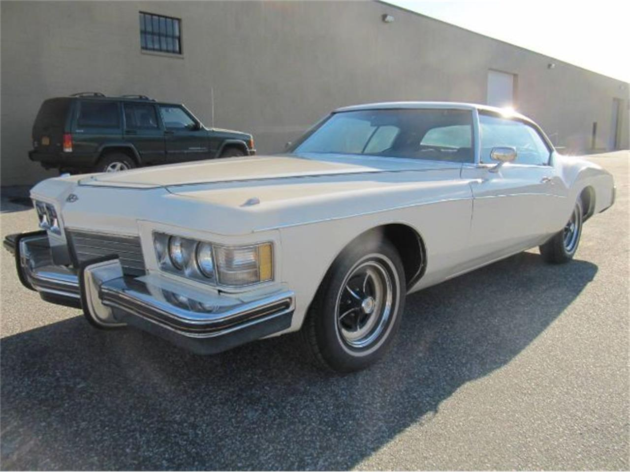Large Picture of Classic '73 Buick Riviera located in Cadillac Michigan - $14,995.00 Offered by Classic Car Deals - Q97S
