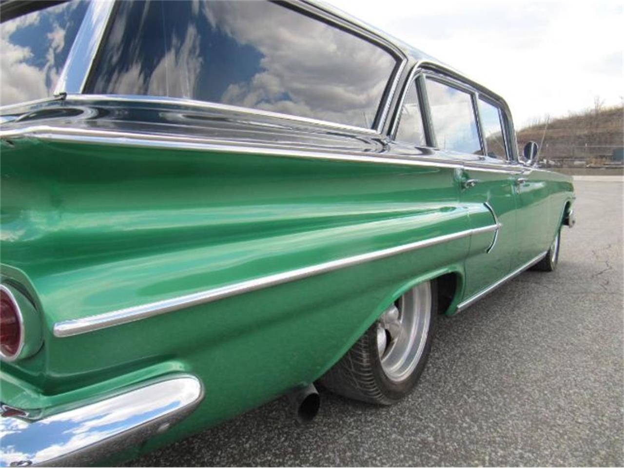 Large Picture of '60 Impala - Q97V