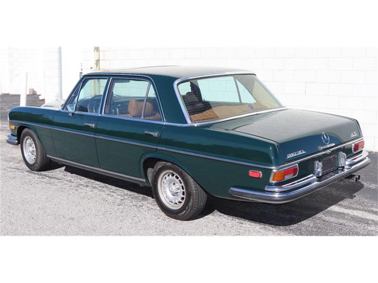 Large Picture of Classic 1972 280SEL located in St Louis Missouri - $21,900.00 - Q5QY