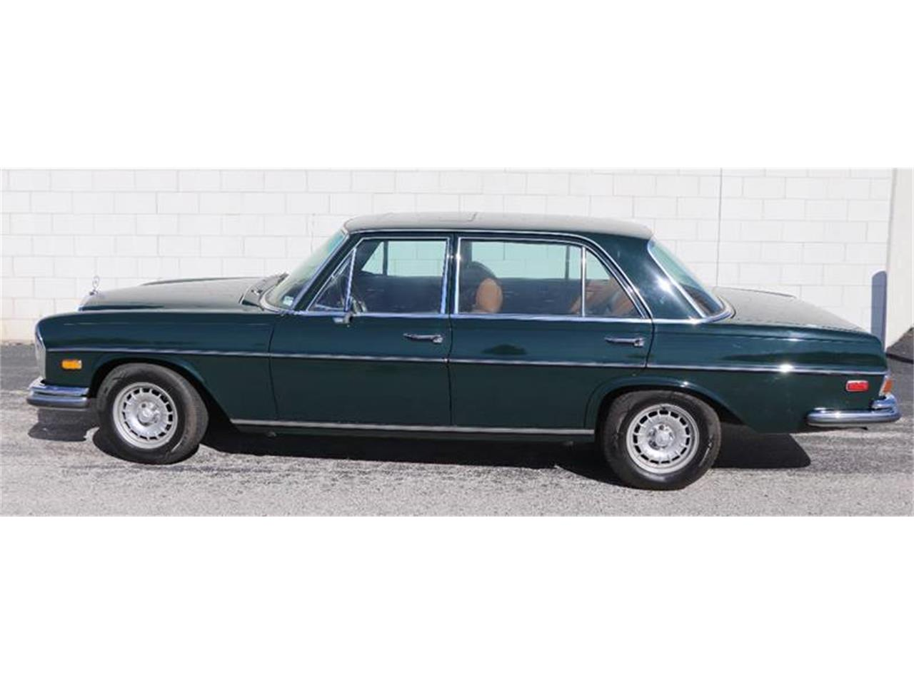 Large Picture of Classic 1972 Mercedes-Benz 280SEL Offered by It's Alive Automotive - Q5QY