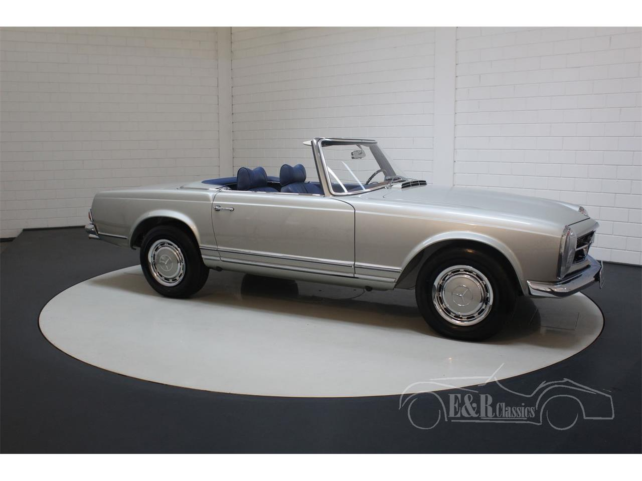 Large Picture of 1969 280SL located in Waalwijk noord brabant - Q9A0