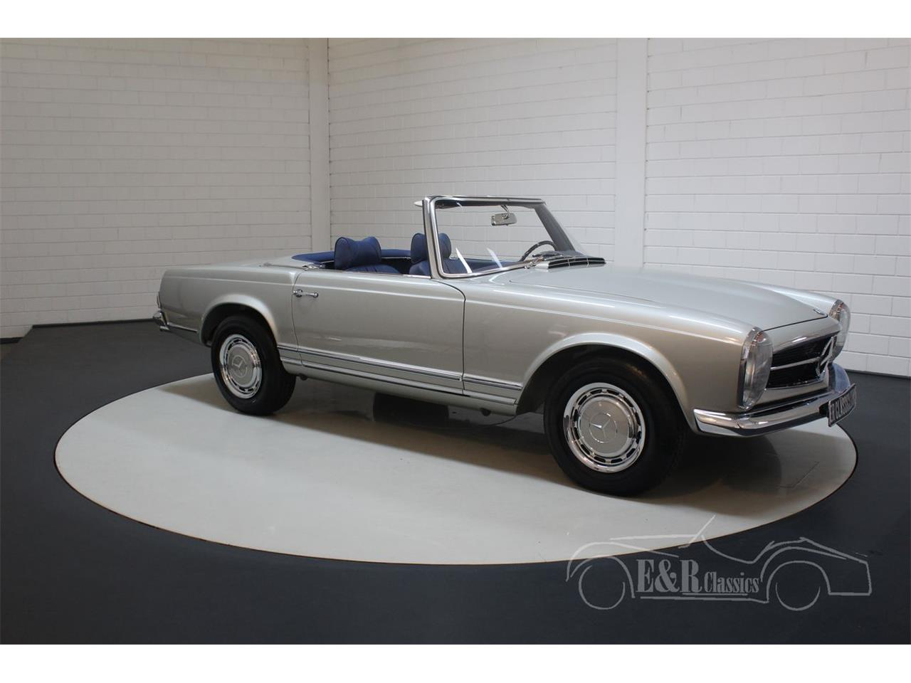 Large Picture of '69 Mercedes-Benz 280SL located in Waalwijk noord brabant - $190,500.00 - Q9A0