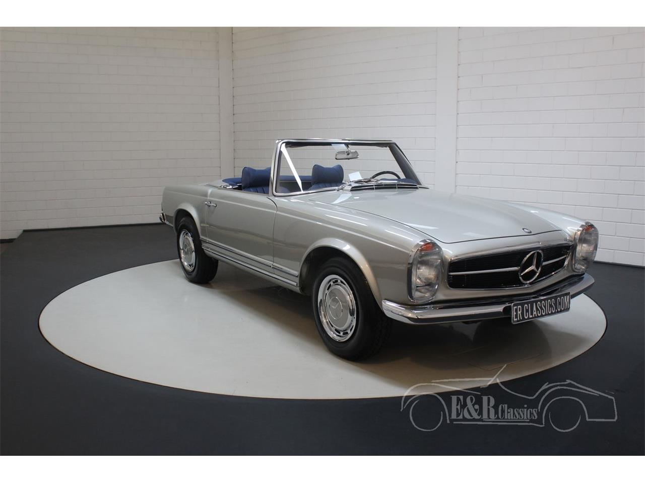 Large Picture of Classic 1969 Mercedes-Benz 280SL located in Waalwijk noord brabant Offered by E & R Classics - Q9A0
