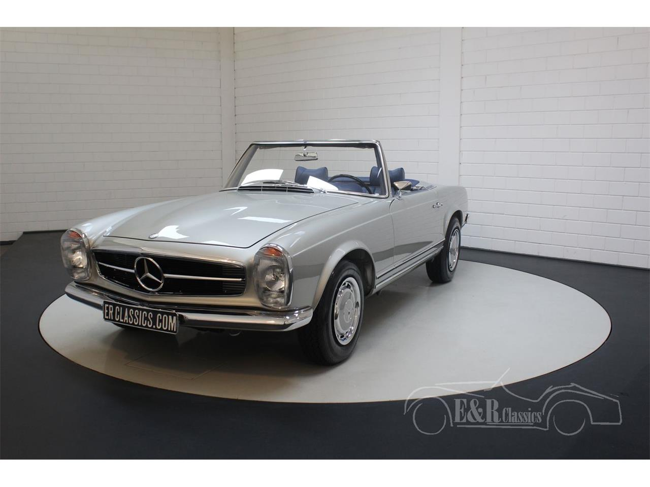 Large Picture of 1969 Mercedes-Benz 280SL located in Waalwijk noord brabant - Q9A0