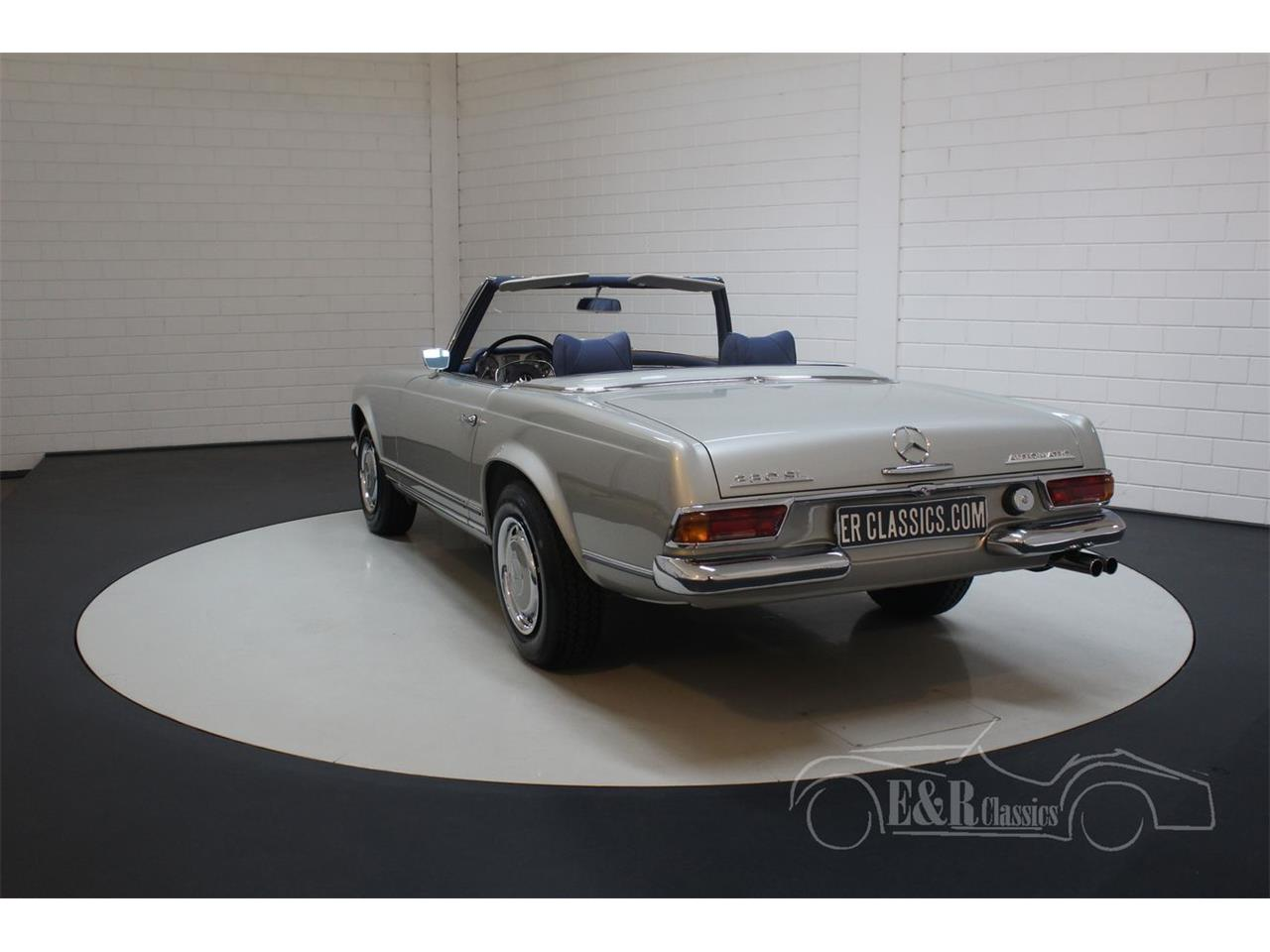 Large Picture of '69 Mercedes-Benz 280SL located in noord brabant Offered by E & R Classics - Q9A0