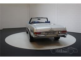 Picture of Classic 1969 Mercedes-Benz 280SL located in Waalwijk noord brabant - Q9A0
