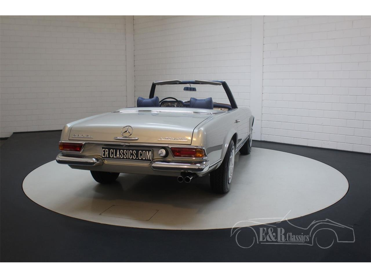 Large Picture of '69 Mercedes-Benz 280SL - $190,500.00 Offered by E & R Classics - Q9A0