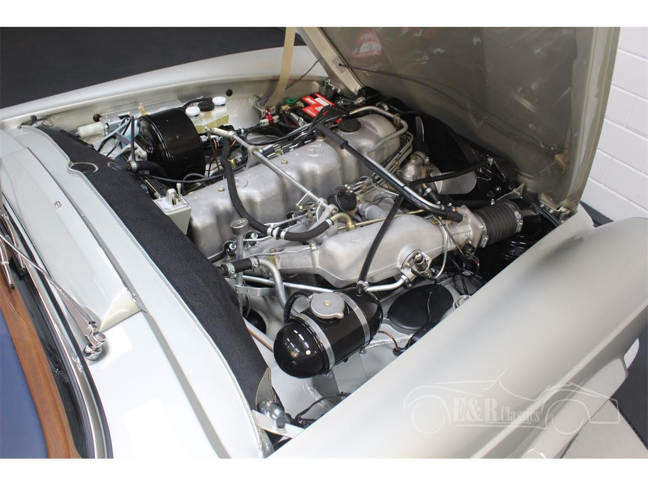 Large Picture of 1969 Mercedes-Benz 280SL Offered by E & R Classics - Q9A0