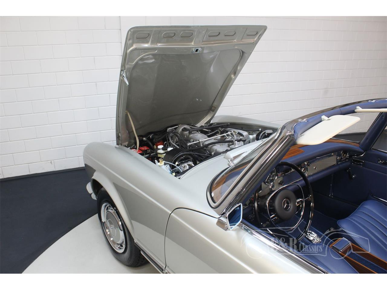 Large Picture of 1969 Mercedes-Benz 280SL located in noord brabant Offered by E & R Classics - Q9A0