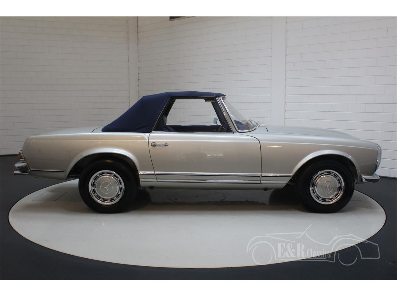 Large Picture of Classic 1969 280SL located in noord brabant - $190,500.00 - Q9A0