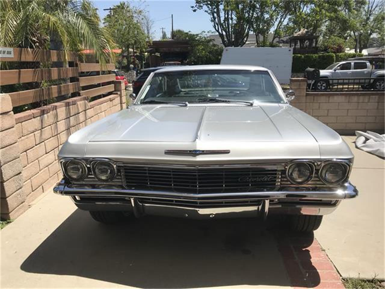Large Picture of '65 Impala SS Offered by a Private Seller - Q9CI