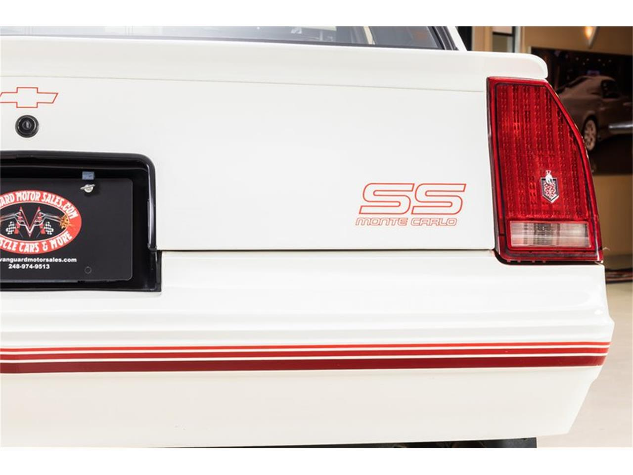 Large Picture of 1988 Chevrolet Monte Carlo - Q9DY