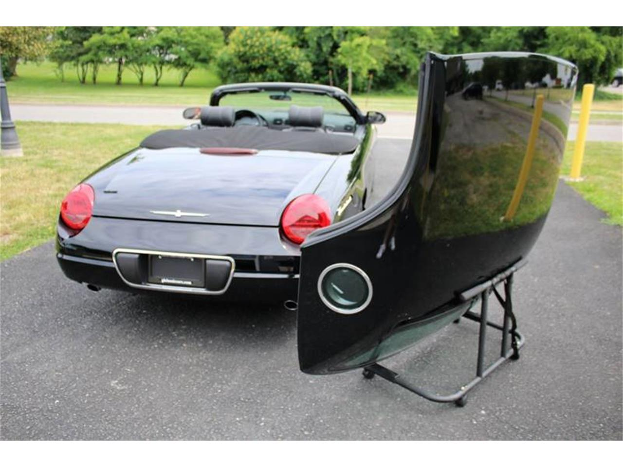 Large Picture of 2002 Thunderbird Offered by Great Lakes Classic Cars - Q9HB